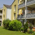 Wohnanlage Haus am Wald Ratingen - Vorderseite mit Blick auf Balkone und Terrassen