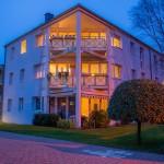 Wohnanlage Haus am Wald Ratingen - Abenddämmerung